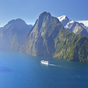 Milford Sound Fiordland cruise ship