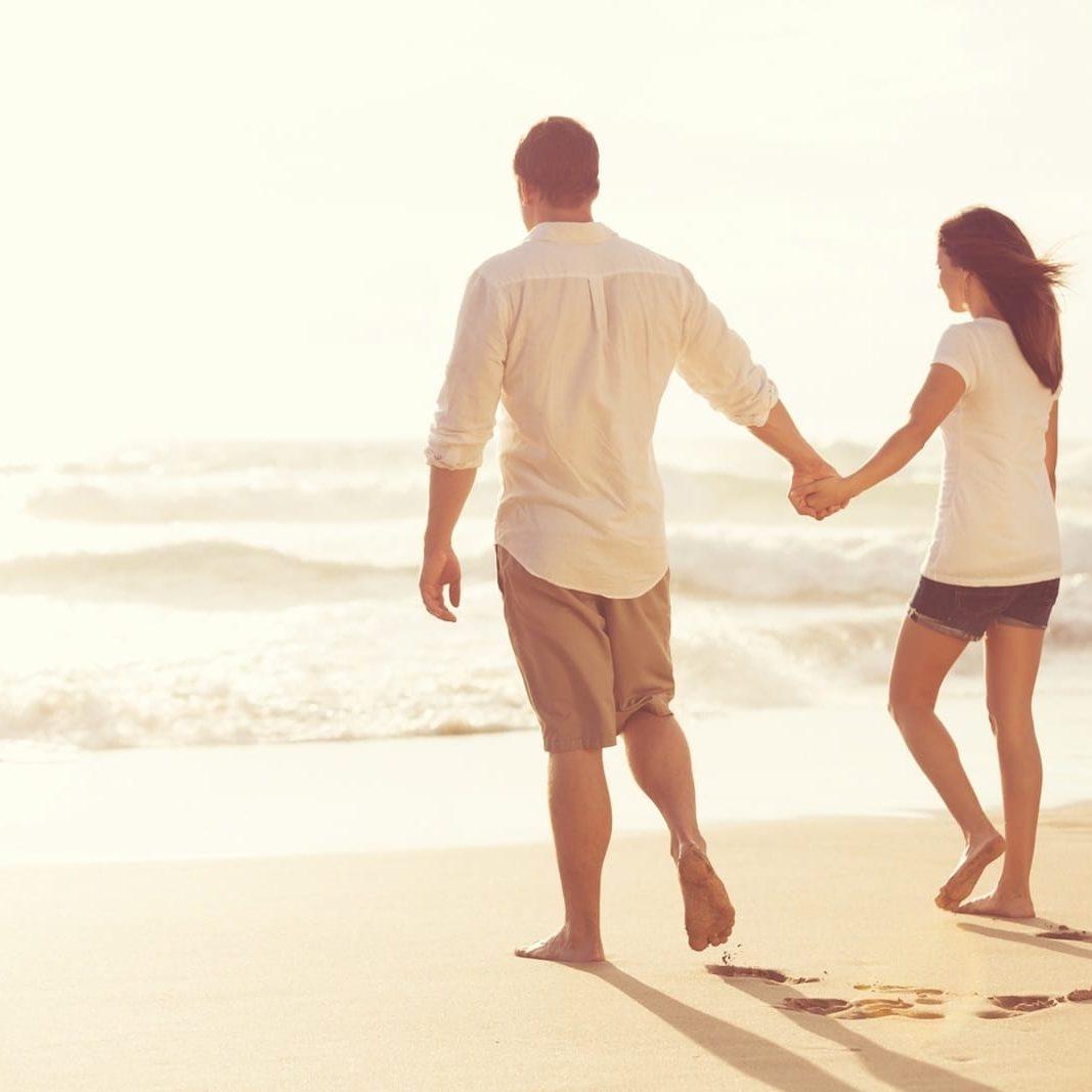 Romantic Vacation Couple on Beach