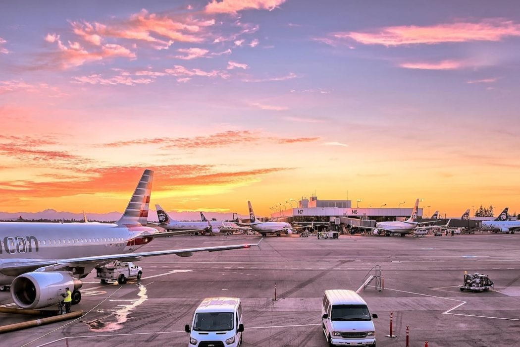 Airport Airplanes Gates Flight Line Aviation American Airlines