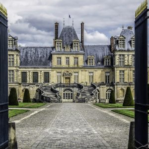 Castle Of Fontainebleau Residence Royal French Luxury Vacation