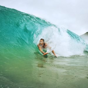 hawaii romantic vacation surfing waves