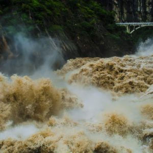 Luxury Vacation China Asia The Yangtze River Tiger Leaping Gorge Gallop
