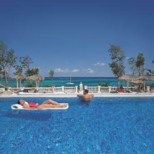 Resort Pool Couple Holguin